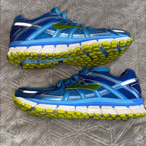 Brooks Shoes | Gts 17 Blue And Green